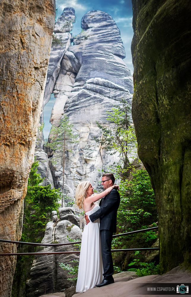sesja ślubna skalne miasto Adrspach
